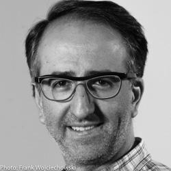 Claudio López-Guerra