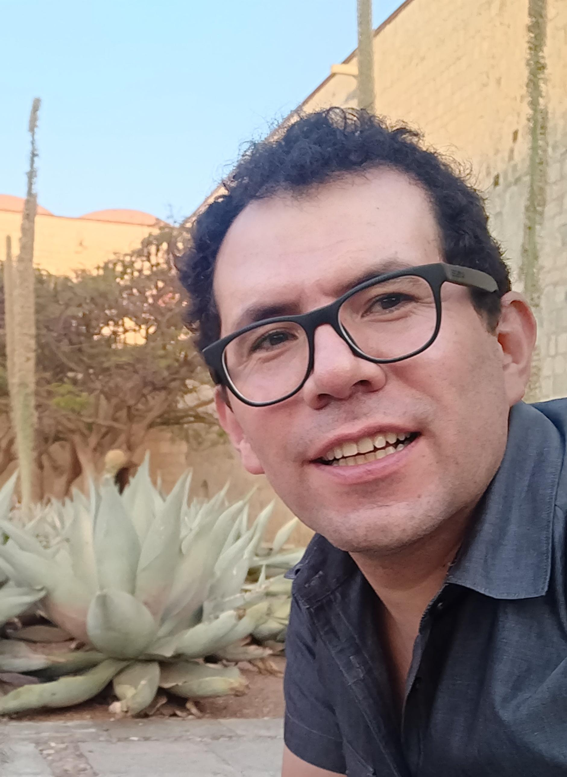 Héctor M Núñez